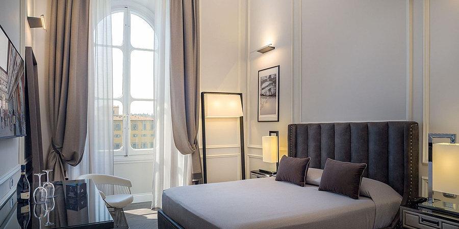 Arrediamo Hotel Ristoranti e Caff� - Sofart Poltrone & Divani - Via Alessandro Volta, 14 - Agliana (PT)